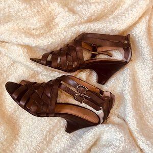 Circo Shoes - 🍃CIRCA🍃 Joan David lux series brown sandal